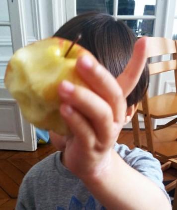 Picky-eater-apple2