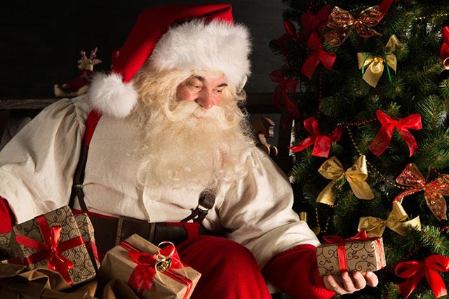 Christmas in Paris: Santa