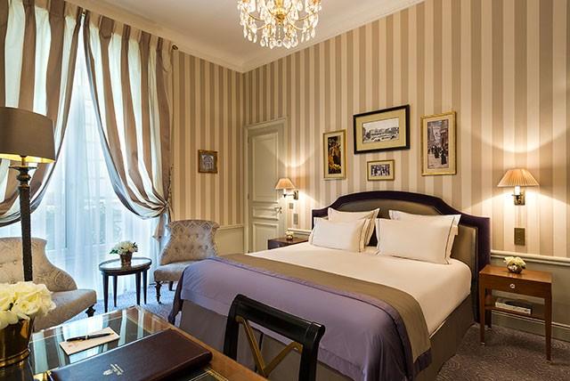 Hotel Westminster Signature Room