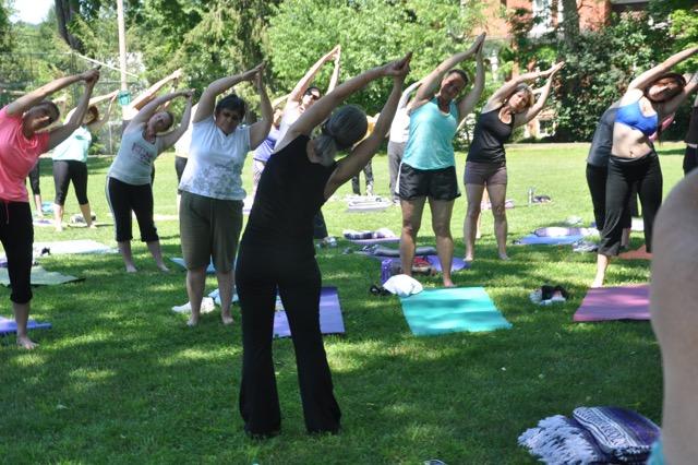 Eileen Licata, 70, teaching Yoga © Jill Licata