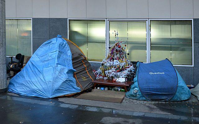 holiday charities