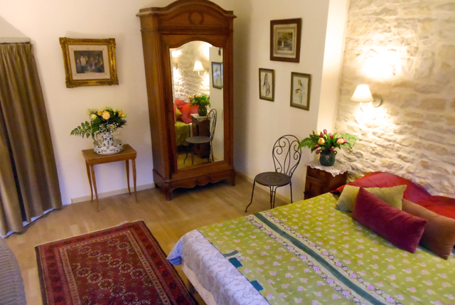 Auberge de la Tuilerie bed and breakfast in Burgundy