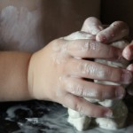 child-sculpting-with-clay