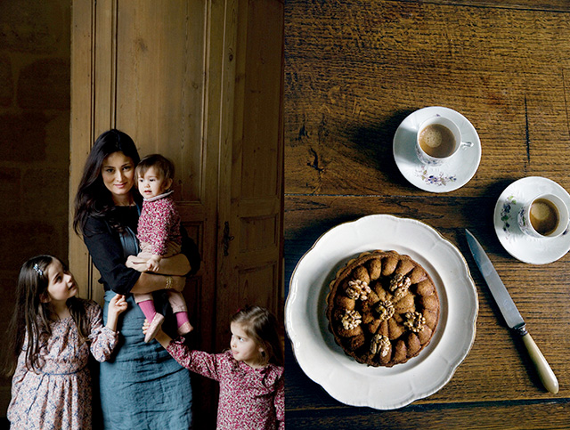 Mimi Thorisson with girls and walnut cake