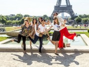 Women having fun-Eiffel Tower
