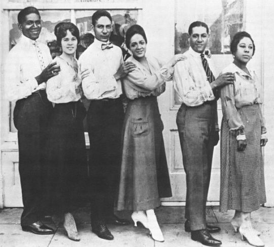 Cabaret Queen of Paris Bricktop Smith (3rd from right)
