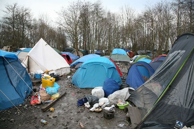 situation of refugee camps in Northern France