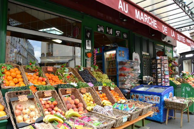 Typical French fruit and vegetable storefront in Paris © Isabel Fernandez/123RF