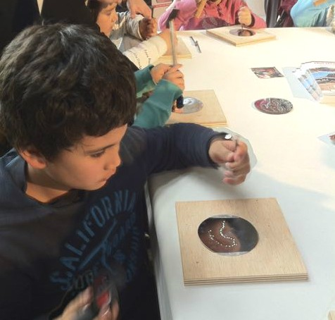 indoor activities for children: cité des sciences
