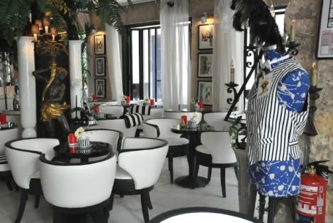 Valentine's day in Paris:: club Raye