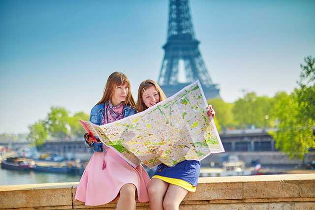 tips for hosting visitors - Paris