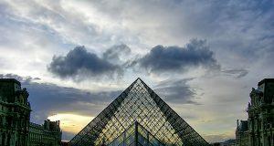 treasure hunt at the Louvre