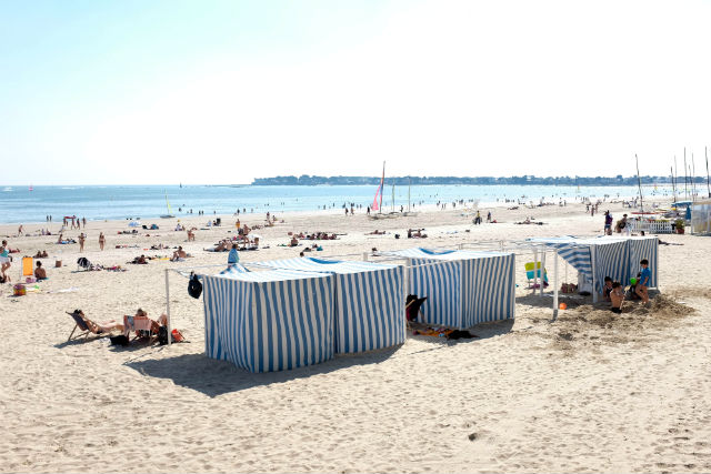 beachside spa in Brittany