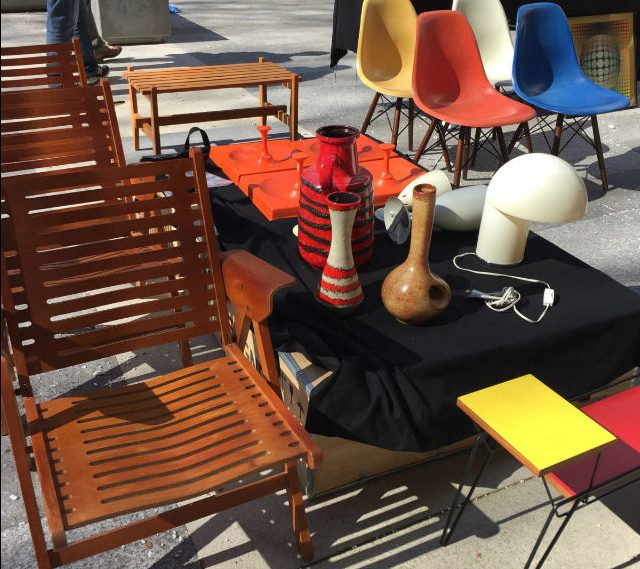 things to do in Paris - Brocante