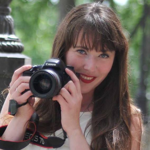 American photographer in Paris