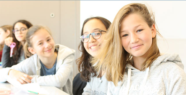 American School of Paris students